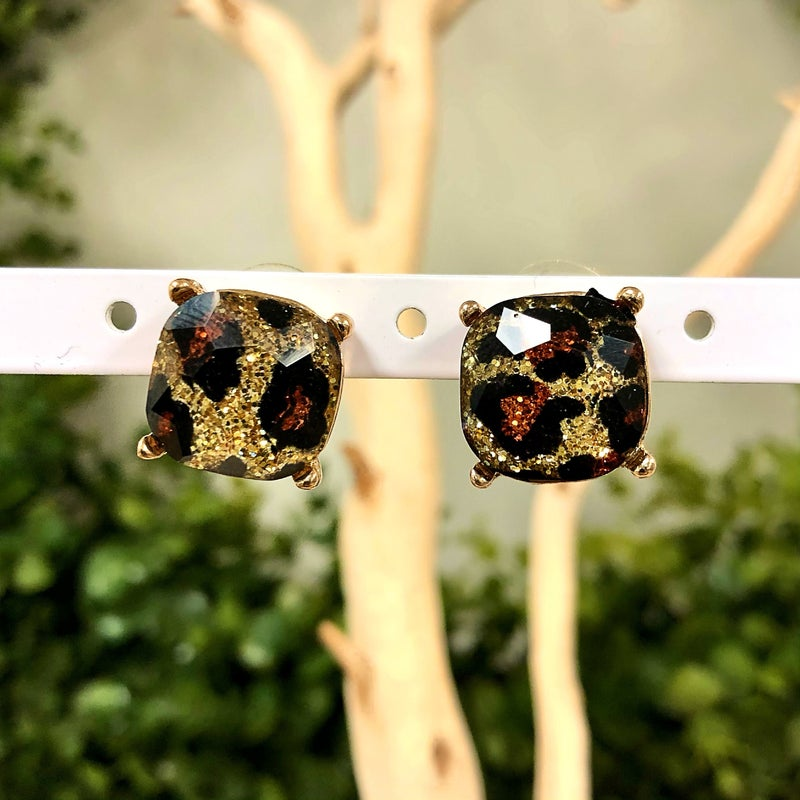 Glass Cushion Post Earring