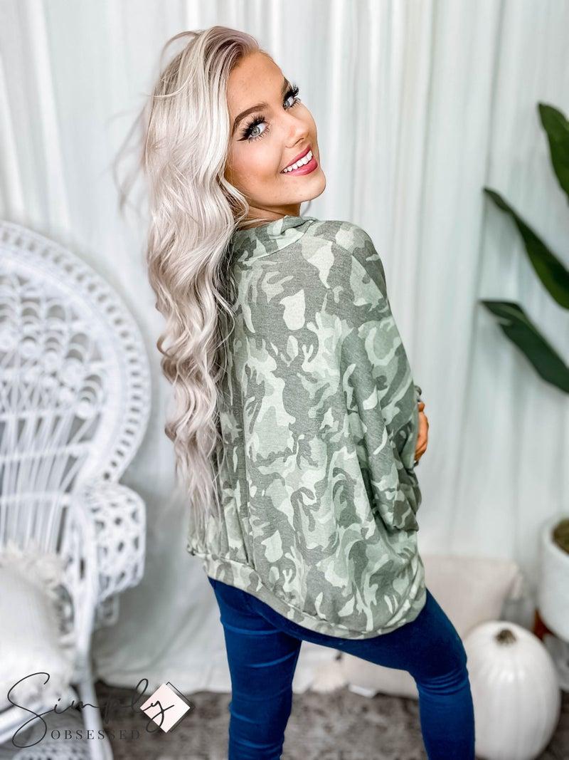 Peach Love California - Long sleeve camo half zip up pullover