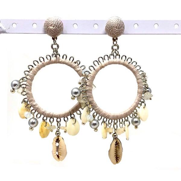 BOHO - Cream Seashell Hoop Earrings