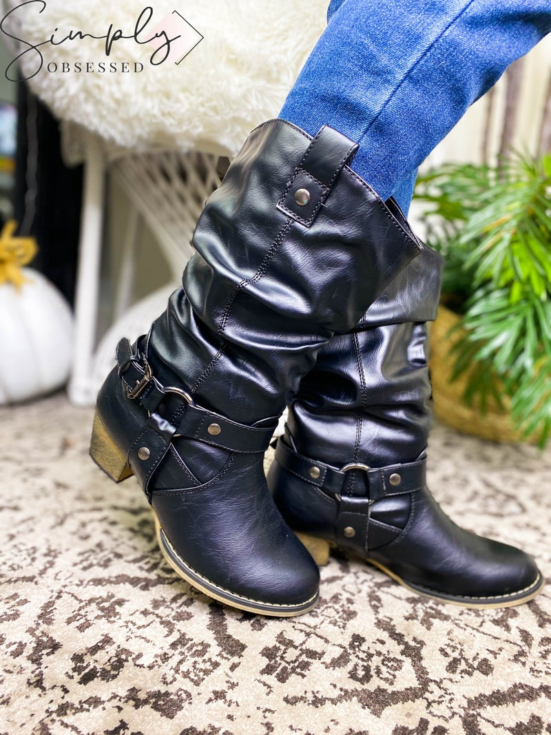 Refresh - Leather Boots with Strap Detail
