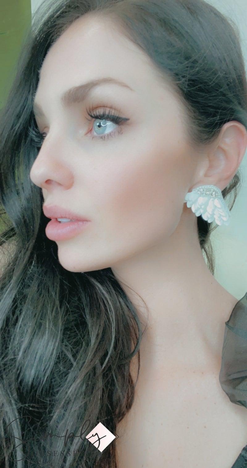 FAIRE - White Angel Earrings