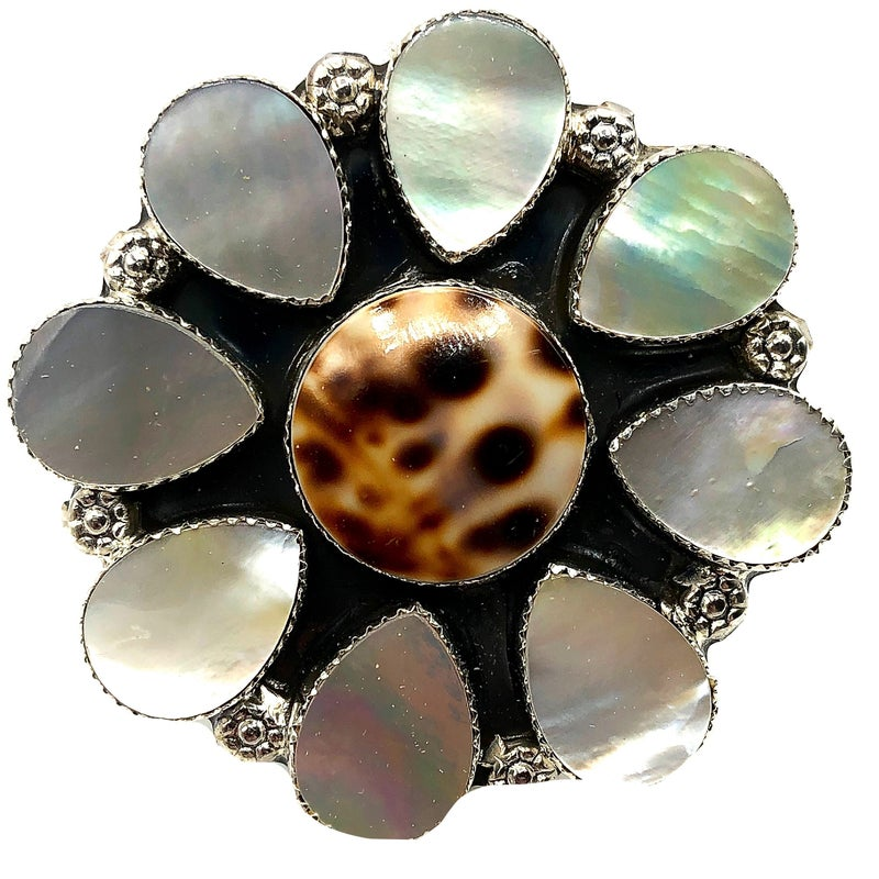 M & S - Large Cowrie W/Mother of Pearl Ring
