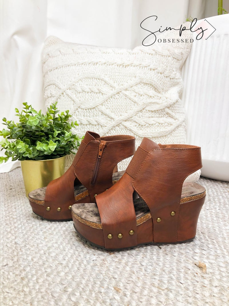 LEATHER BOUND HIGH HEEL SHOES WITH SIDE ZIPPER