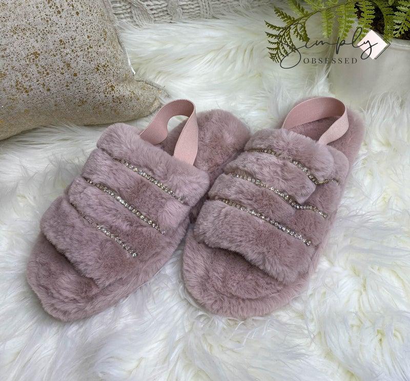 Shoe Shoe Train - Fuzzy low heel sandal with sparkle details