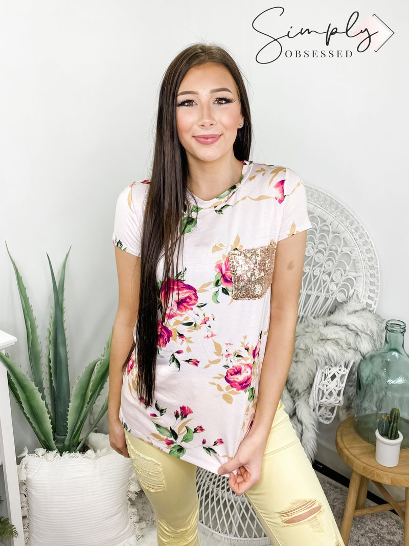 VANILLA BAY-A short sleeve floral print knit top featuring sequins pocket detail