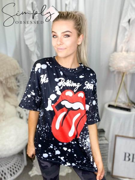 Short sleeve tie dye rolling stones lips graphic top
