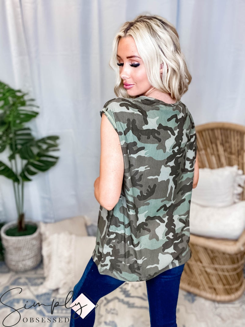 White Birch LA First Dibs - Short Sleeve Camo Top