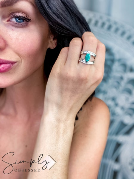"""M&S Sterling Silver - Turquoise Double """"V"""" Shank Ring"""