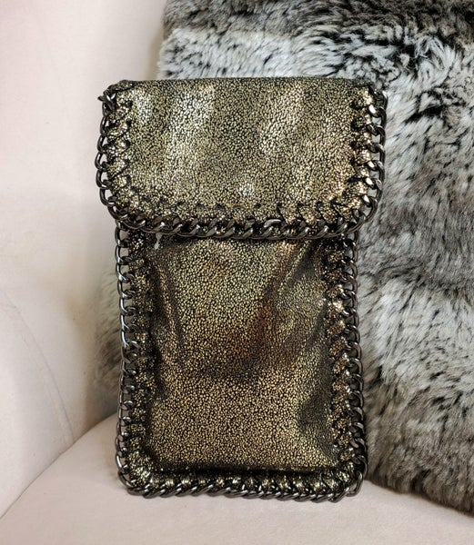 Chain detail small cross body bag