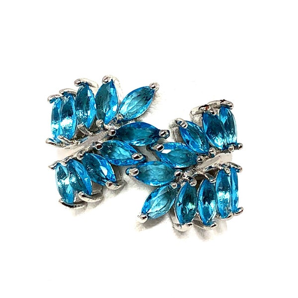 Blue Leaf Accent Ring