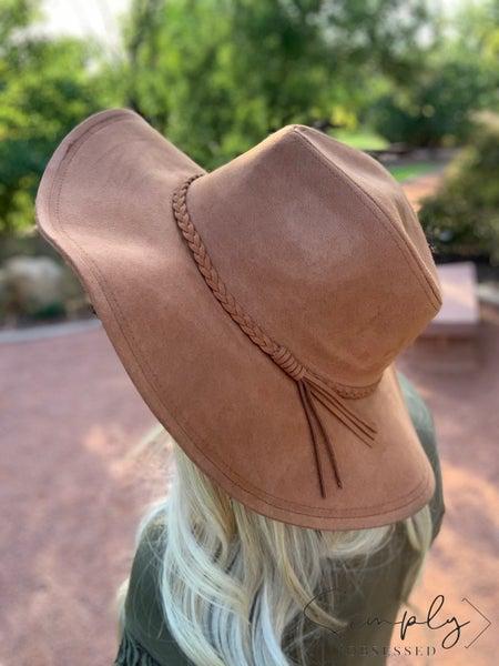 Fame Accessories - Round brim hat with braid