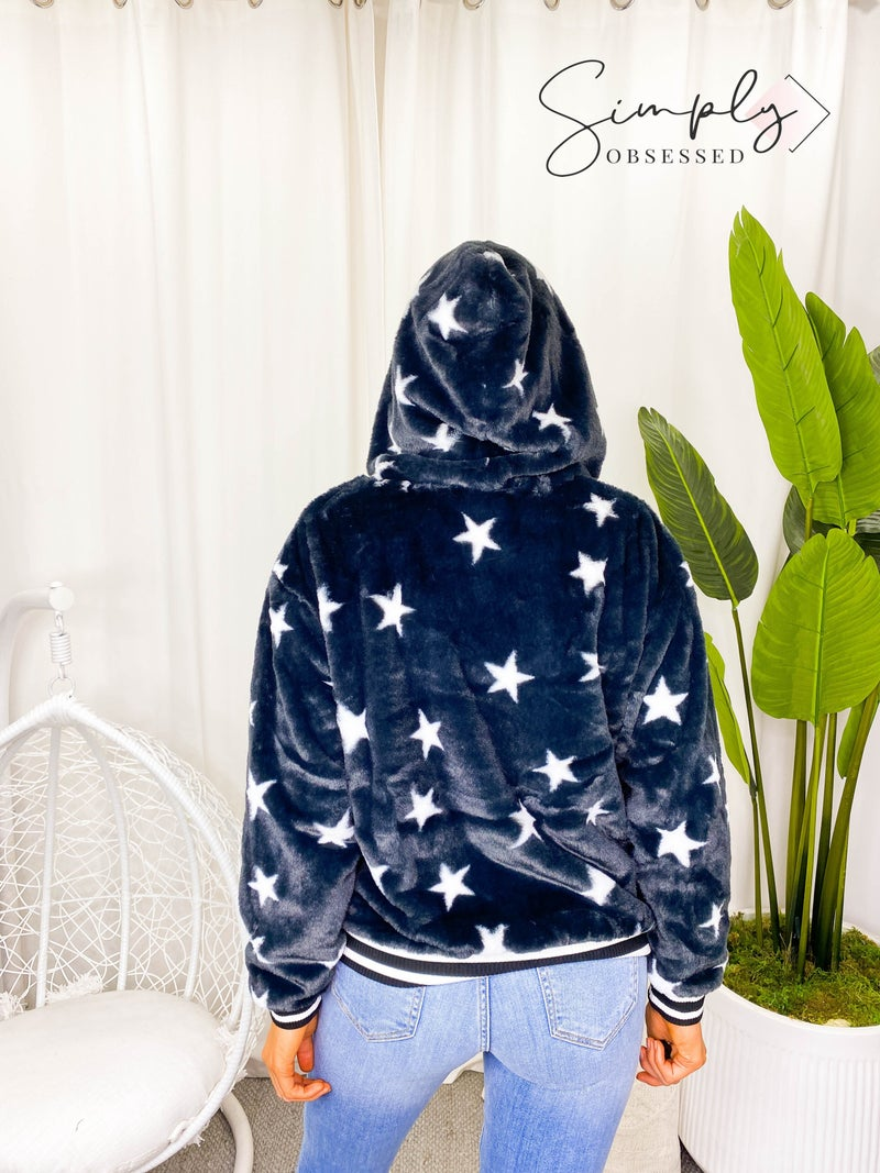 Eesome - Star print faux fur hooded bomber jacket