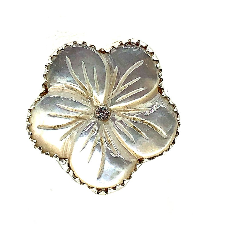 M&S- Mother of Pearl Crystal Flower Ring