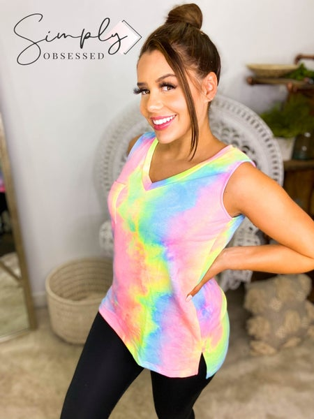 White Birch - Sleeveless tie dye v-neck top with pocket