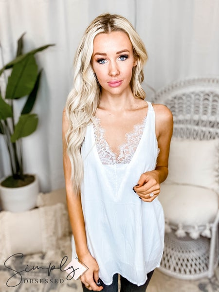 White Birch - Sleeveless Solid Woven Top With a Lace