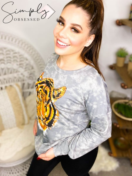 Vanilla Bay - Long sleeve tie dye top with tiger graphic print