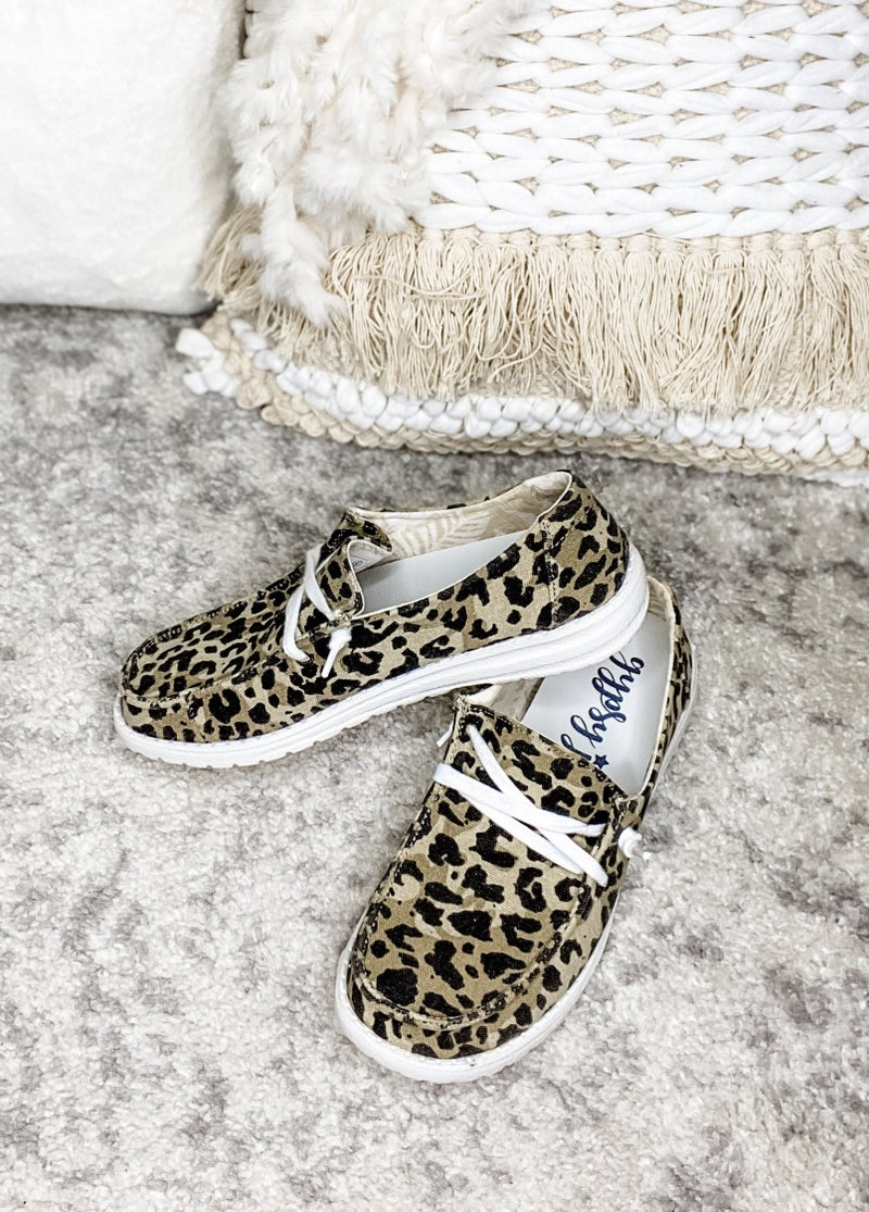 Gypsy Jazz - Slip on sneaker with lace detail