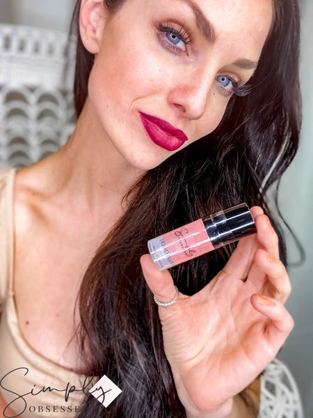 Cosmetic Corner - Liquid Blush