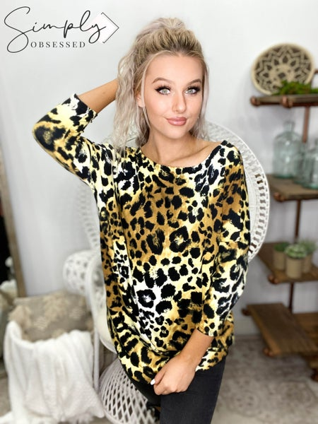 HONEY ME-ELBOW SLEEVE TEE WITH COLOR PRINT