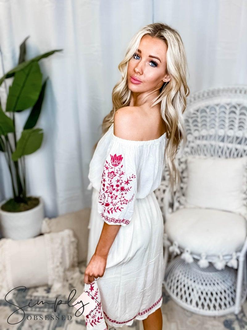 Oddi - Off Shoulder short sleeve woven embroidered dress with belt tie waist