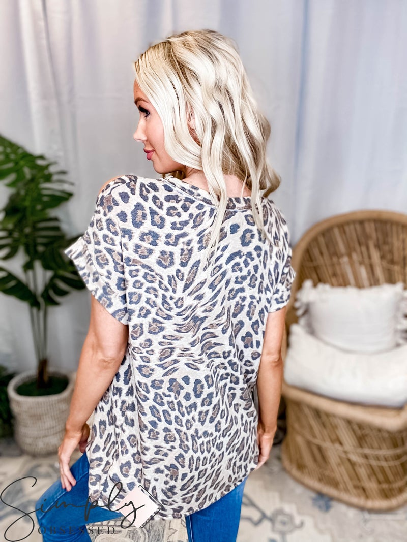 White Birch LA First Dibs - Short Sleeve Leopard Print Knit Top