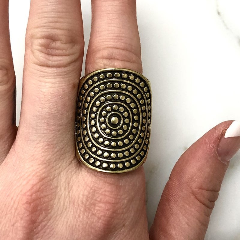 The Encore Fashion Group - Gold Tribal Thick Ring