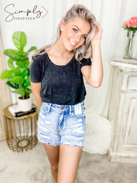 NATURE-HIGH RISE DENIM SHORTS WITH DISTRESSED DESIGN