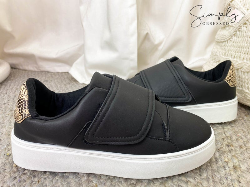 QUPID-SNEAKER WITH SINGLE STRAP