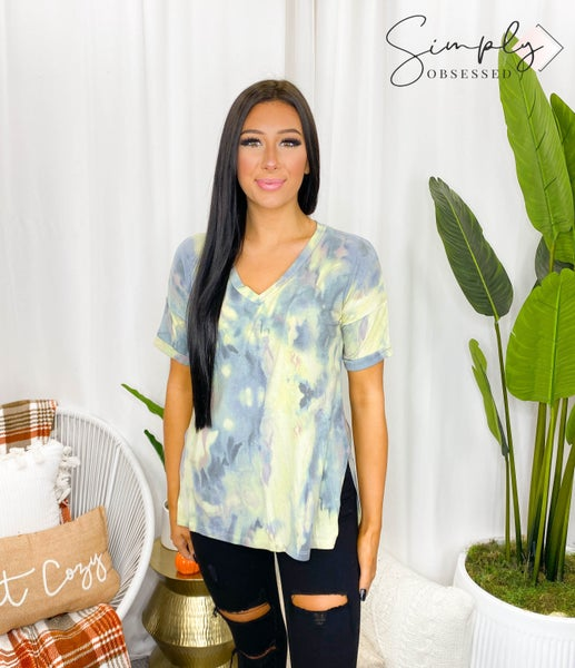 Sew In Love - Short sleeve tie dye flowy v-neck top (all sizes)