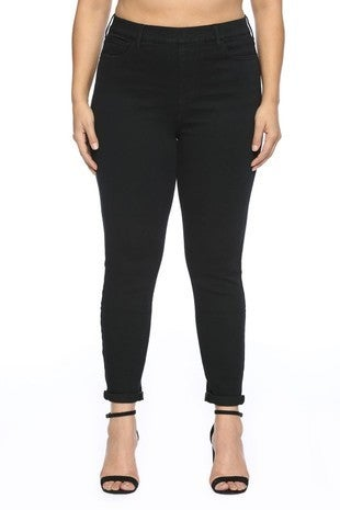 CELLO JEANS-Mid Rise Pull On Black Crop Skinny