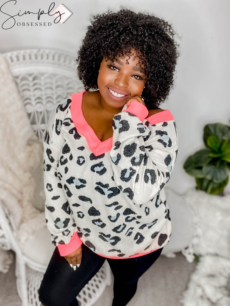 White Birch - Long sleeve soft animal print v-neck top with contrast bands (all sizes)