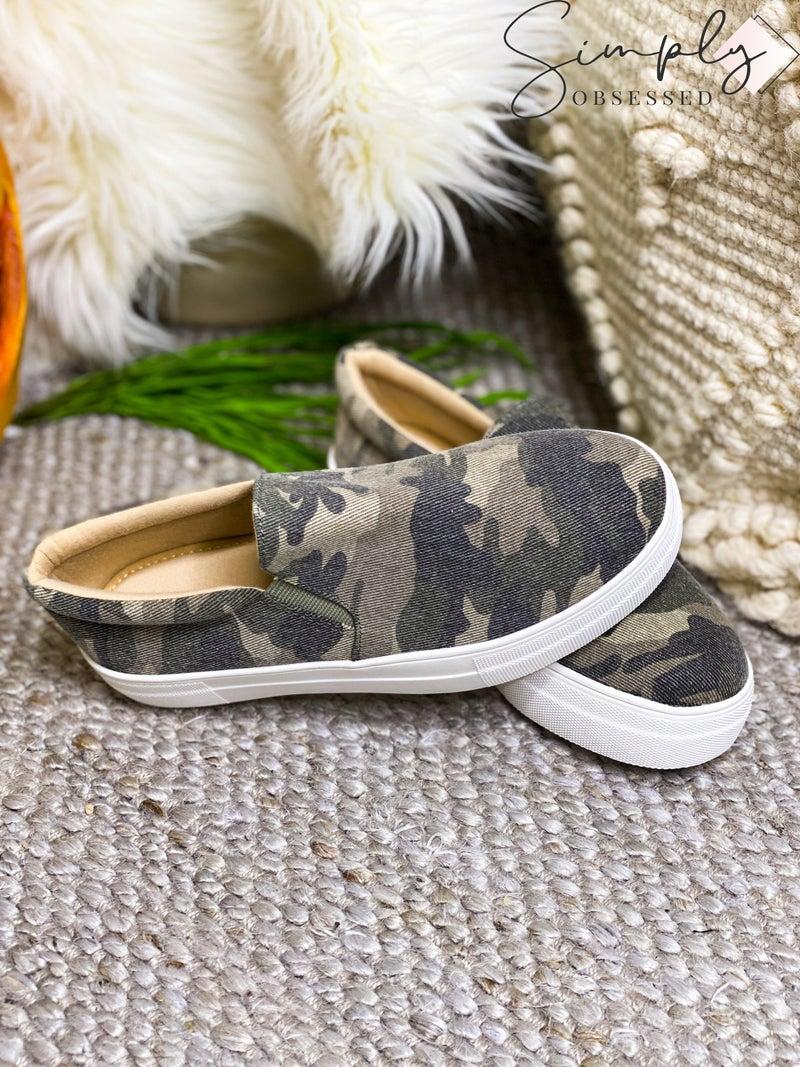 LET'S SEE STYLE-Platform Heel Low Top Easy Slip On Sneakers