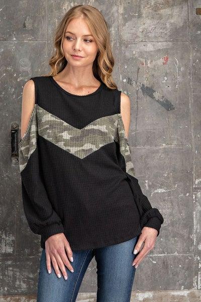 FSL Apparel - Camo contrast cold shoulder top