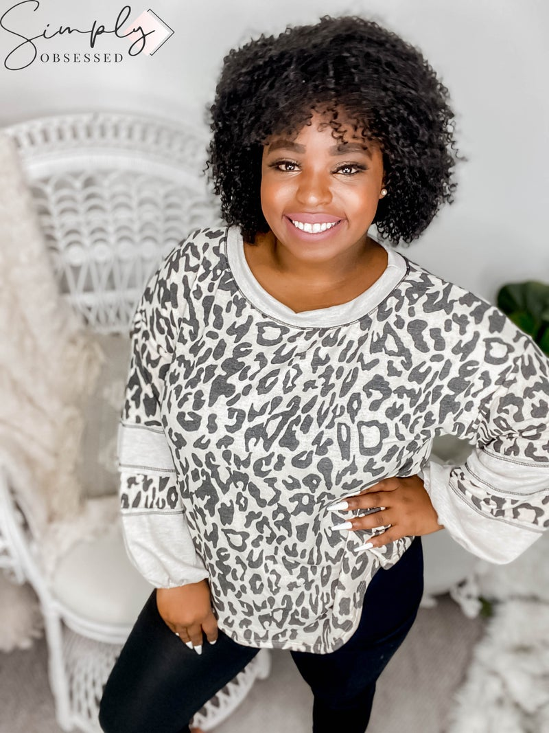 WHITE BIRCH-Long Sleeve Leopard Print Knit Top