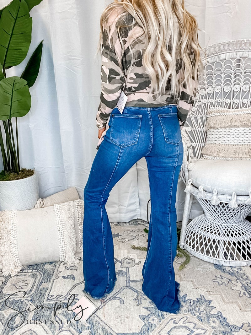 Judy Blue - High rise front and back mid seam flare bell bottom jeans(All Sizes)