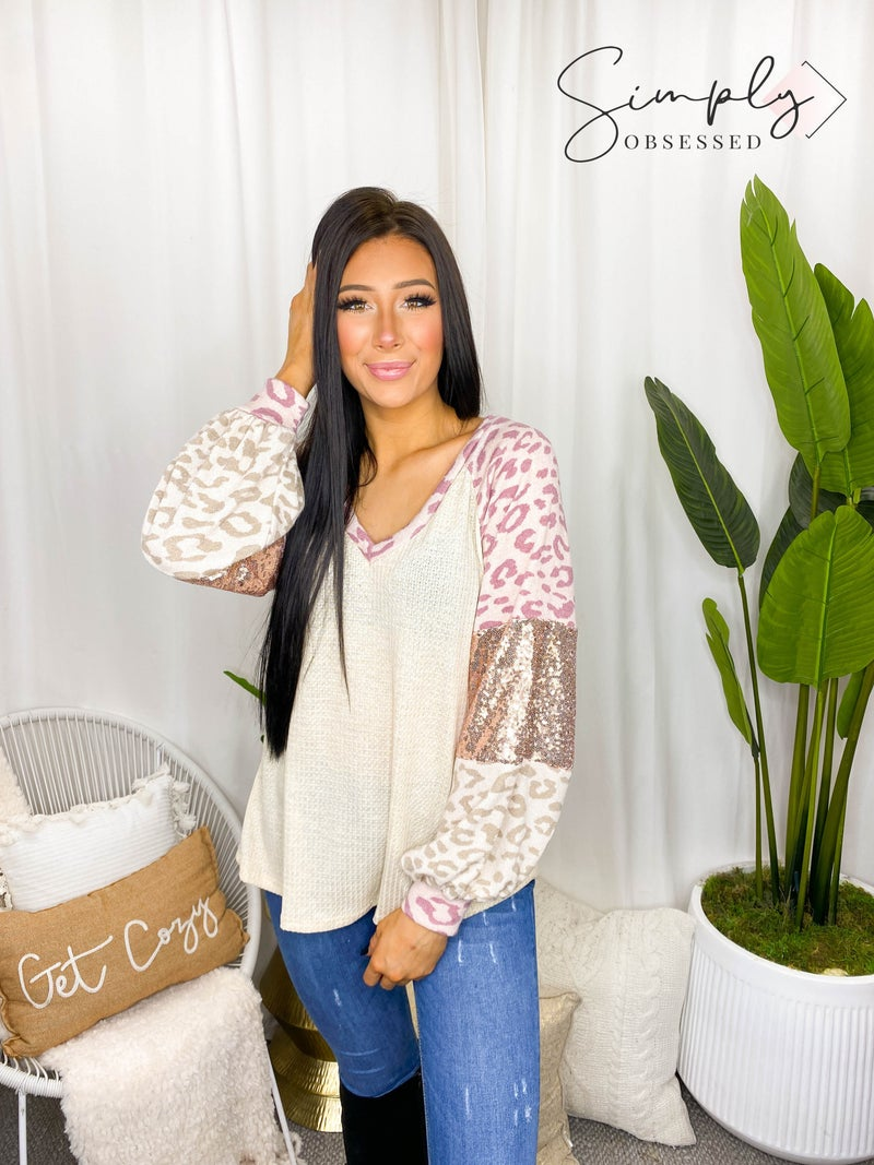 BiBi - Long sleeve thermal knit v-neck top with leopard print and sequin color block