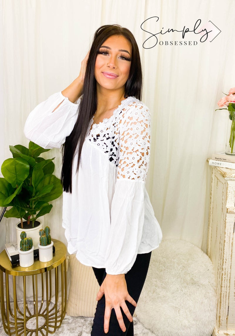 Vine & Love - Long sleeve floral lace contrast blouse