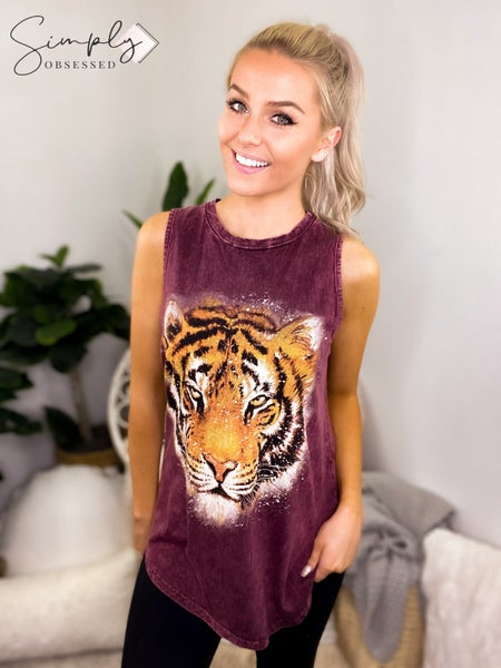 COLORRIN-TIGER GRAPHIC TANK TOP