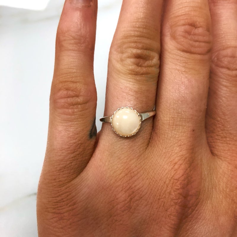 M&S Sterling Silver - Mother of Pearl Ring
