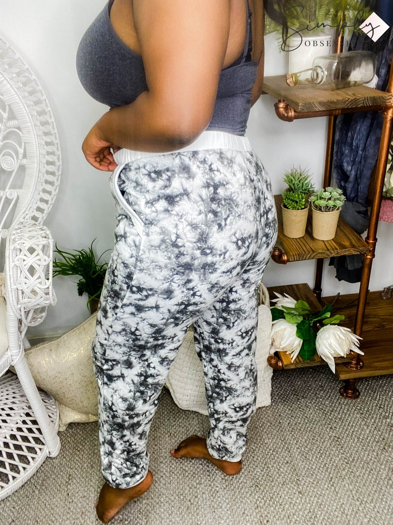 Fantastic Fawn - Tie Dyed Long Knit Pants