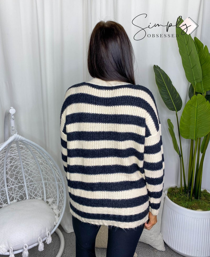 Kye Mi - Long sleeve slouchy fit distressed striped sweater