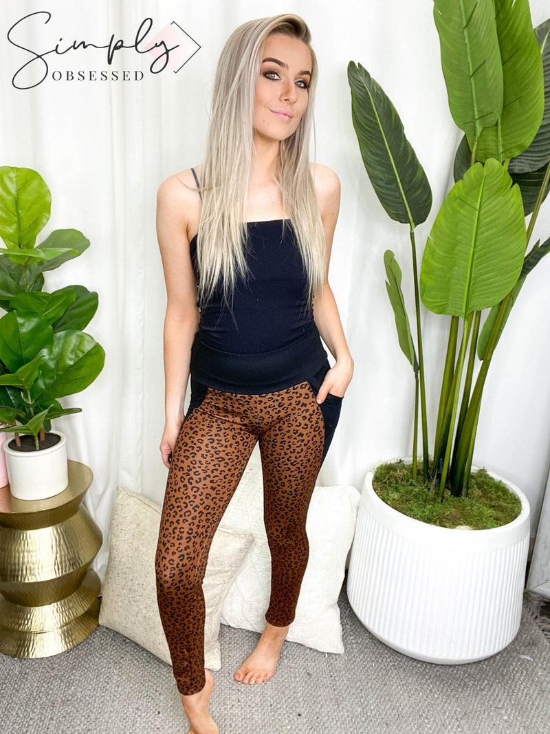 WHITE BIRCH-Cheetah Print Knit Leggings