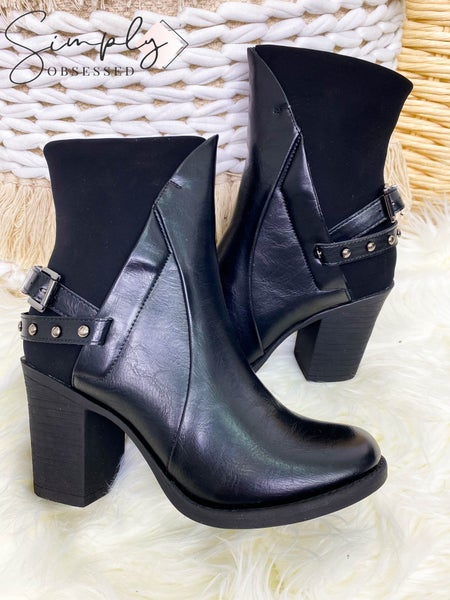 PIERRE DUMAS-BOOTS WITH SIDE ZIPPER AND STRAP