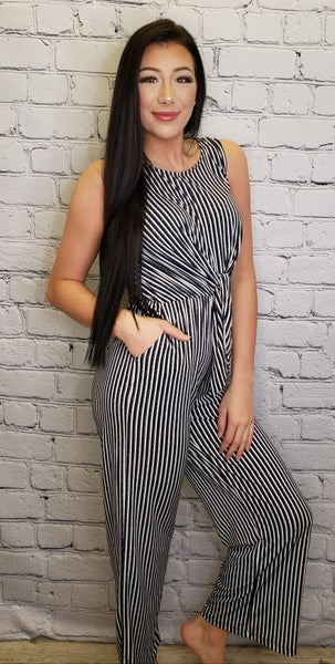 Gilli - Sleeveless front tie striped jumpsuit