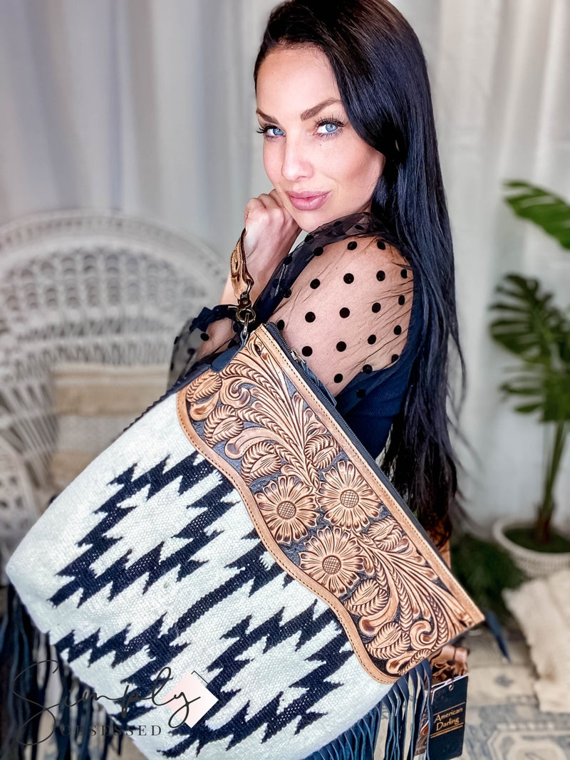 American Darling - Leather Aztec Detailed Crossbody Bag	w/Fringe
