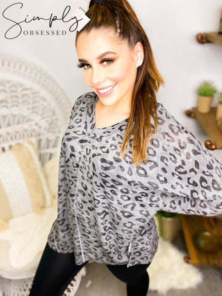 Hailey & Co - Long sleeve animal print v-neck loose fit top
