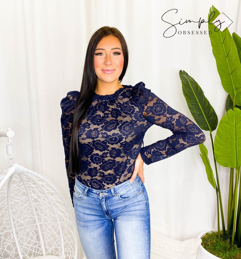 RENEE-FLORAL LACE TOP WITH RUFFLE NECK