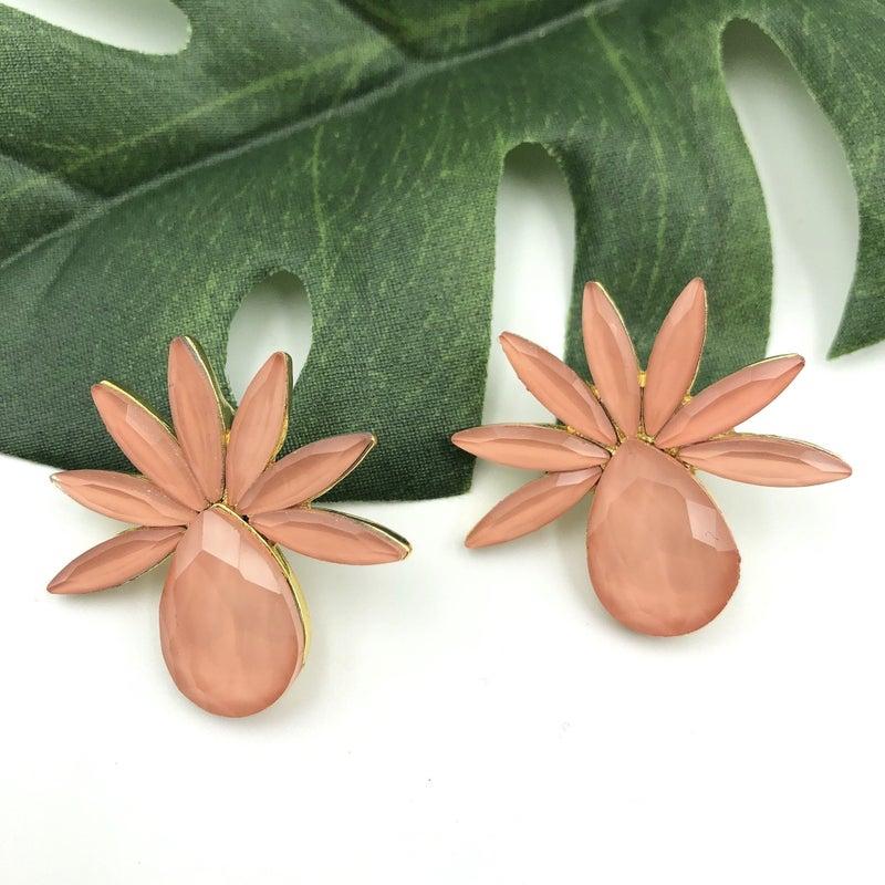 Treasure Jewels - Piña Coral Earrings