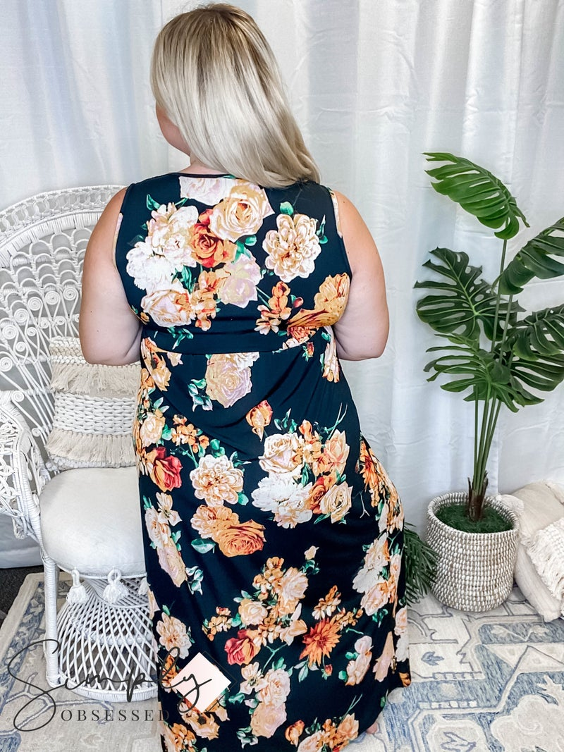 Vanilla Bay - Sleeveless Floral Print Knit Maxi Dress with V-Neck and Twist Detail