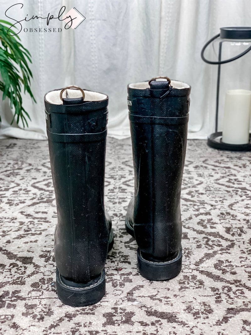 Isle Jacobsen - Mid calf lace up rubber boots